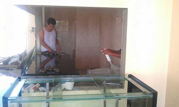 quá trình làm bể cá rồng